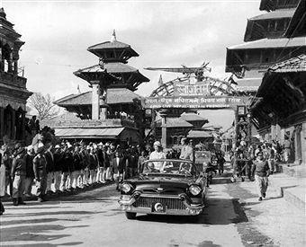 Queen Elizabeth visits Patan Durbar Square in 1961AD